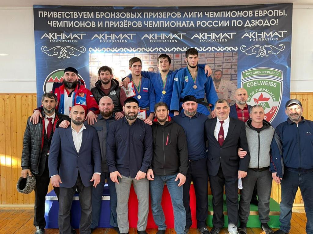 Воспитанники ГБУ « РСШОР по дзюдо г. Аргун» приняли участие  в Первенство Чеченской Республики по дз